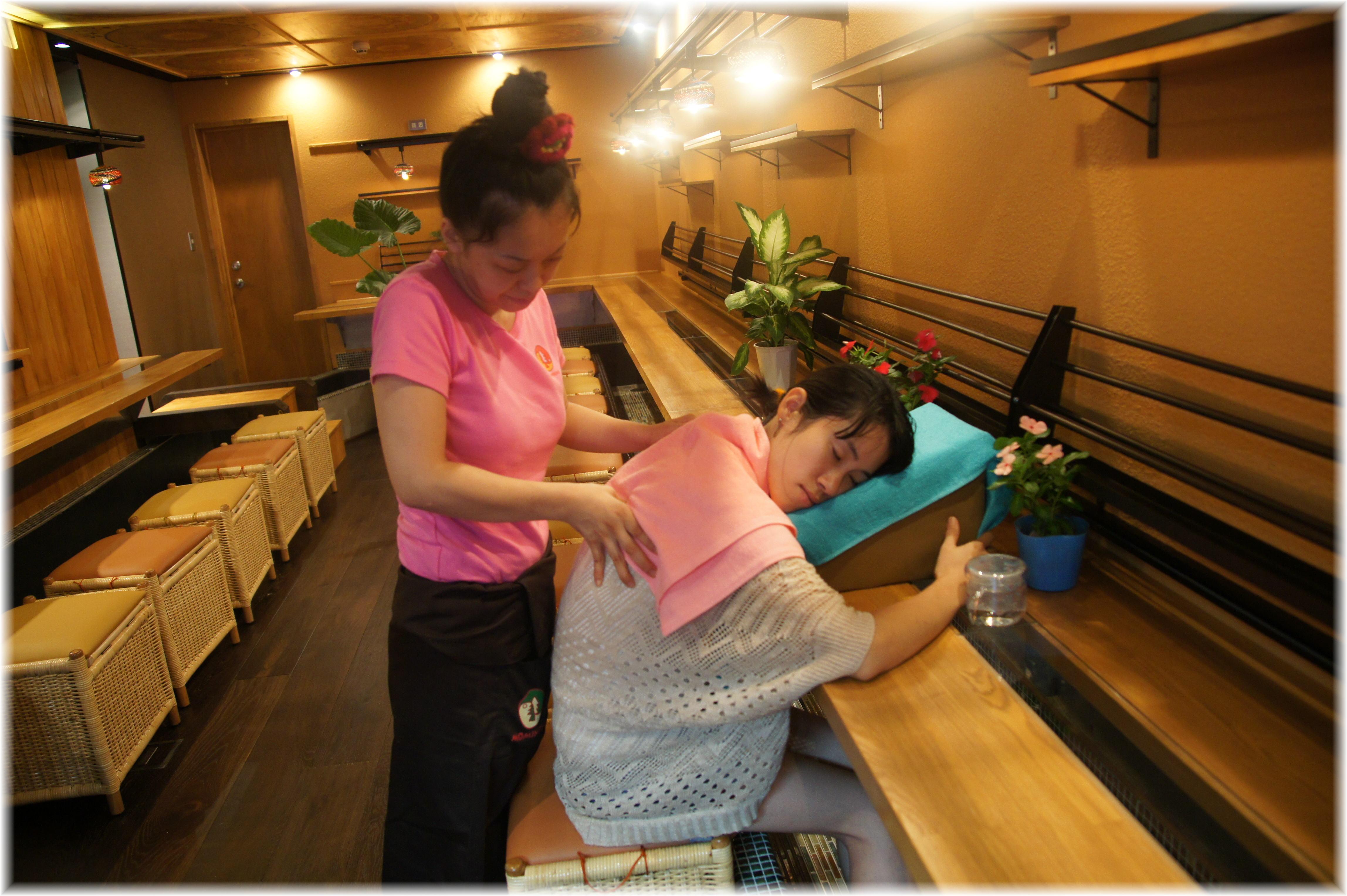 無料でほっこり!箱根でおすすめの足湯10選! …